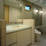 地下のサニタリー、便所、浴室