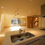 キッチンとリビング。IHと大きな食洗機